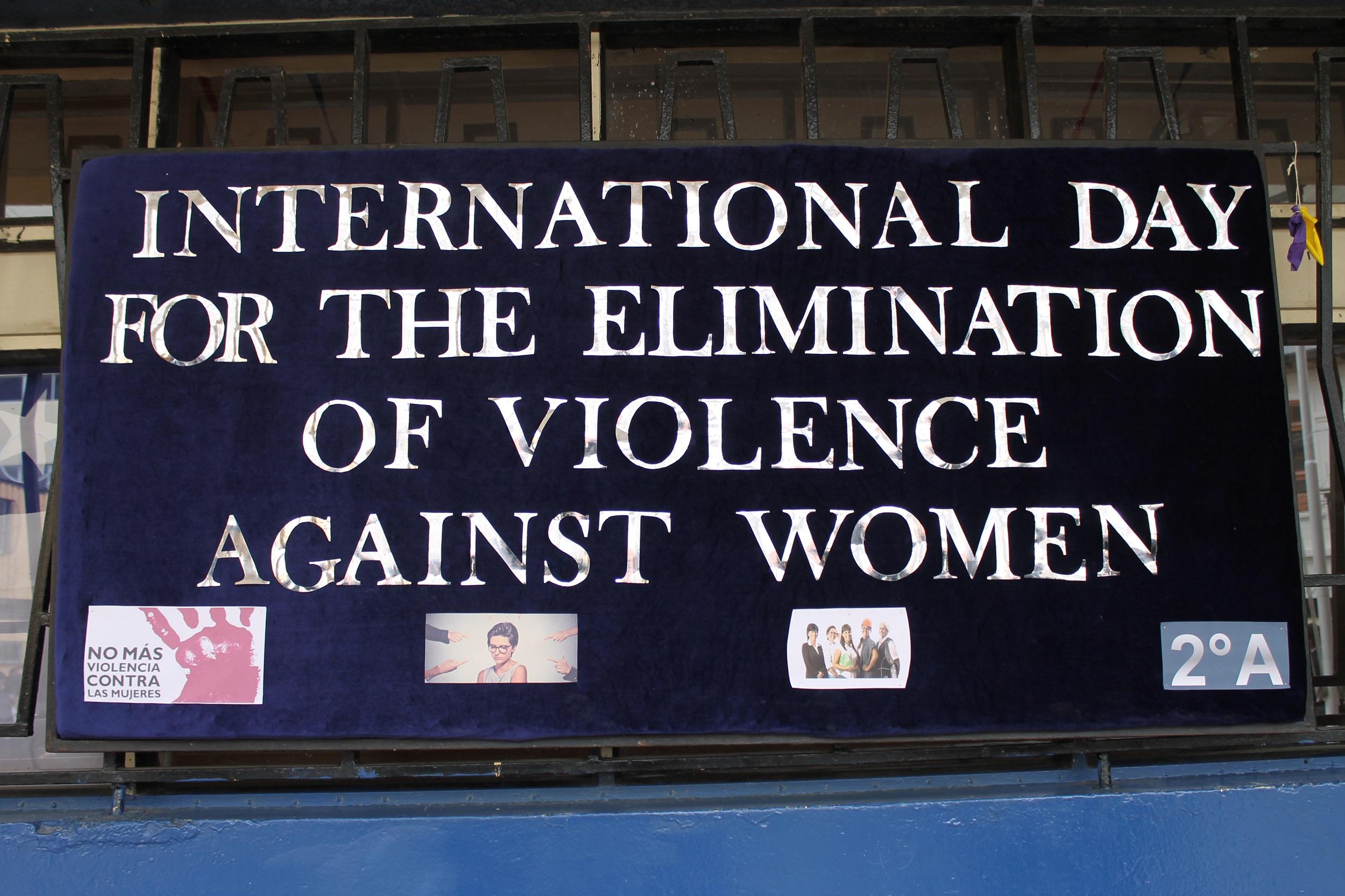 EFEMÉRIDES Día Internacional de la no Violencia contra la Mujer